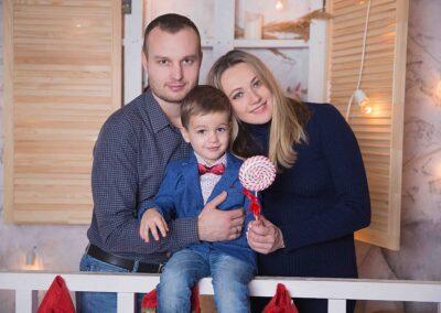Новогодняя фотосессия беременной с мужем