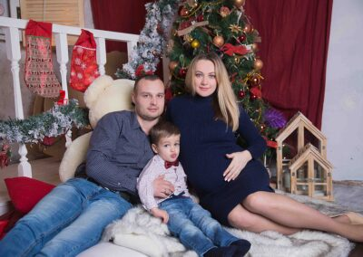 Новогодняя фотосессия семейная в студии